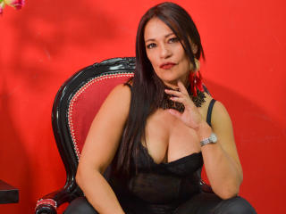 Voir le liveshow de  MagicGoddes de Xlovecam - 44 ans - Come and discover your most hidden desires, start in this different but exciting world. I am h ...