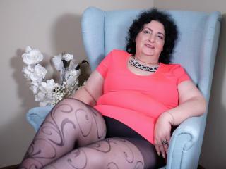 Voir le liveshow de  MatureDora de Xlovecam - 56 ans - I am a nice woman, who likes to smile a lot and have a good conversation with an intelligent ma ...