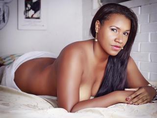 Voir le liveshow de  DahianaLoving de Xlovecam - 29 ans - Hello guys, I am a latin and hot girl, with a lot of desire to make all your fantasias.Entra ...