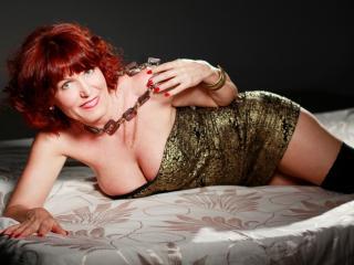 RedHeadMature sexy cam girl