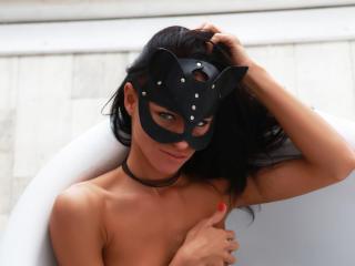 Voir le liveshow de  SensuallePassion de Xlovecam - 22 ans - I am hot and sexy