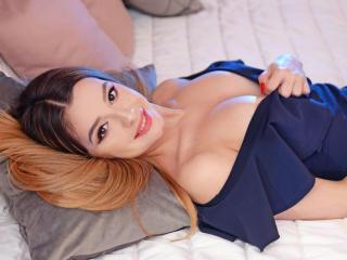 AvalineSuave sexy cam girl